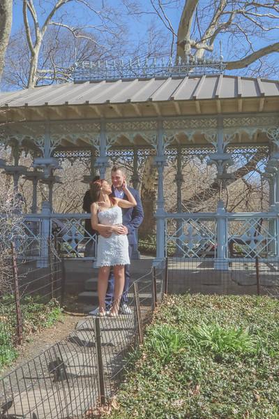 Boda en el Parque Central - Tania y Helios