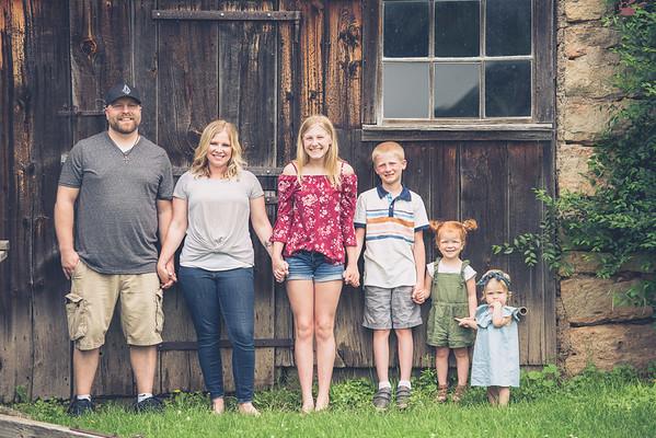 Brandon & Laura Family Portraits-0001
