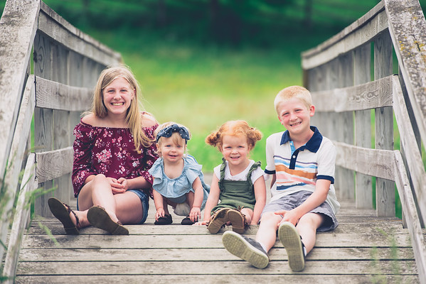 Brandon & Laura Family Portraits-0007