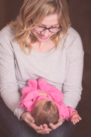 Brandon & Laura's Newborn Portraits-0013