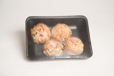 PK1670-007  salmon cakes tray