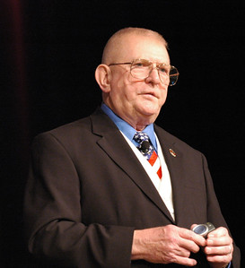 "Gene Kranz, the Mission Control Director of Apollo 13, gives a motivational speech about his book ""Failure is not an option."""