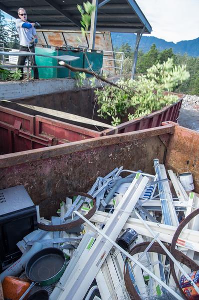 372-CARTM-Stock-BrokenBanjo