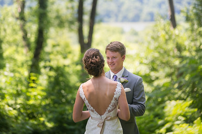 Carley & Tanner's wedding day at Christ Church United Methodist & Goshen Crest Farm in Louisville, KY 6.18.16.  www.loveandlenses.photography