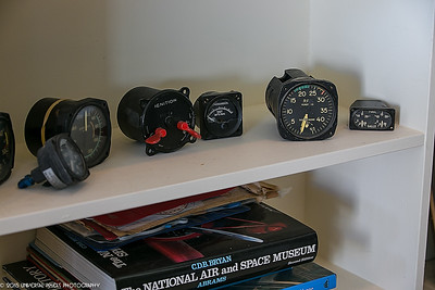Airplanes aircraft instruments