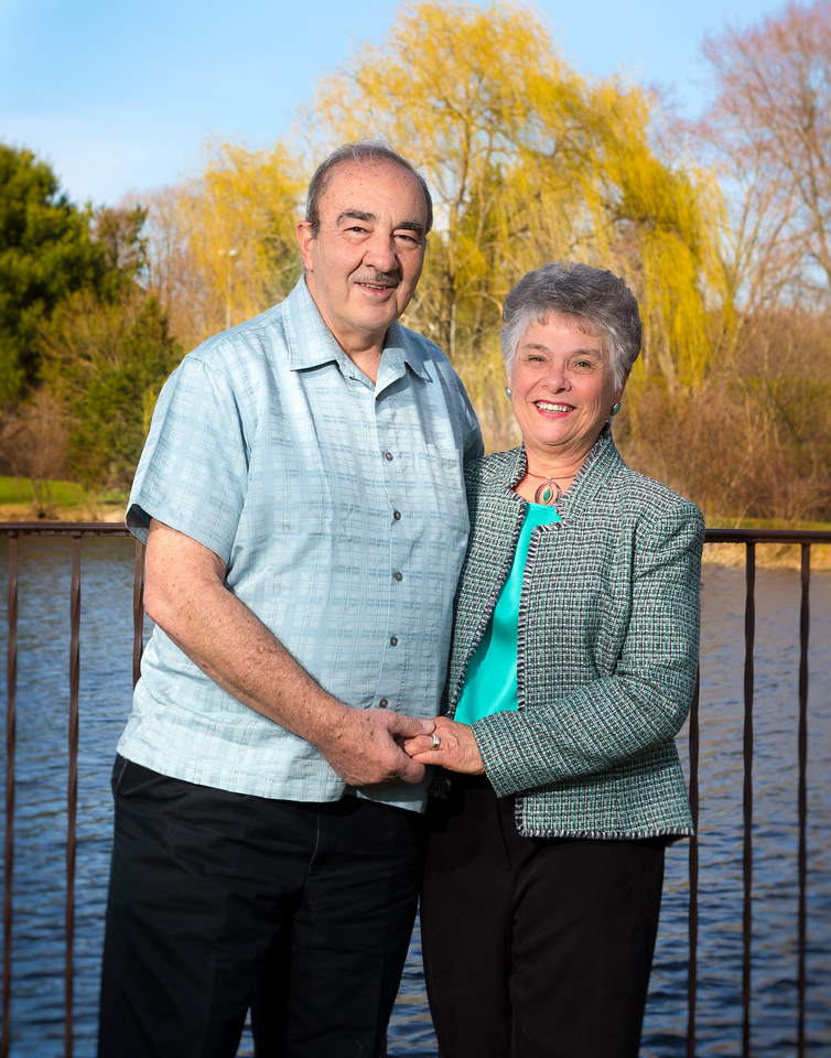 Cathy and Joe Miceli Family-April 19, 2014-Canon EOS 5D Mark III-29
