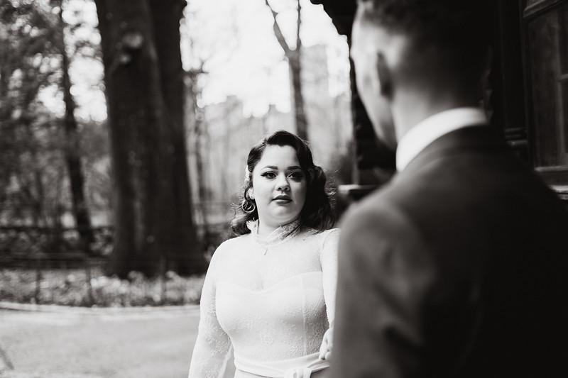 Shakespeare Garden - Central Park Wedding-24
