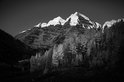 Day break at the Maroon Bells