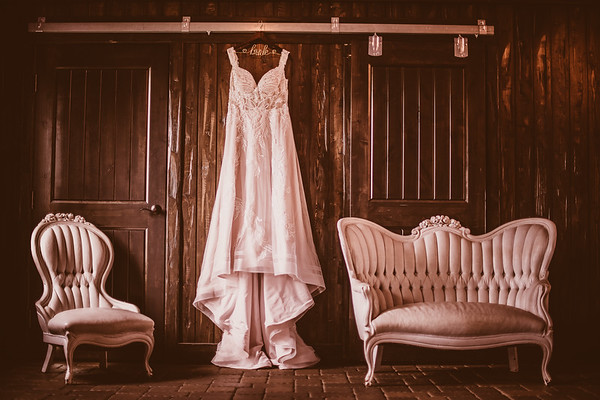 Connor & Hannah's Wedding-0001