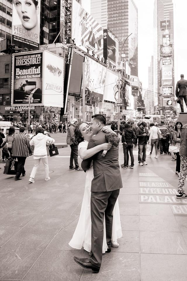 Danny + Veronica - Parque Central Times Square