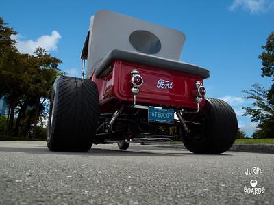 16 Red Bucket T Rear02