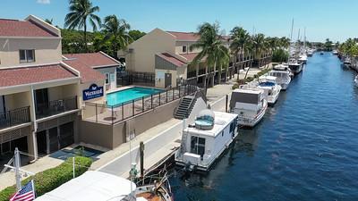 BoatHouse-2-21