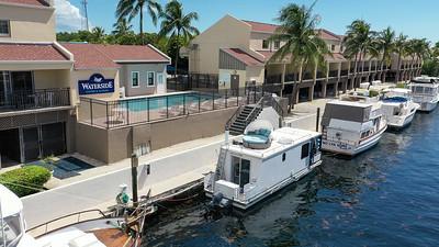 BoatHouse-2-19