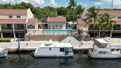 BoatHouse-2-25