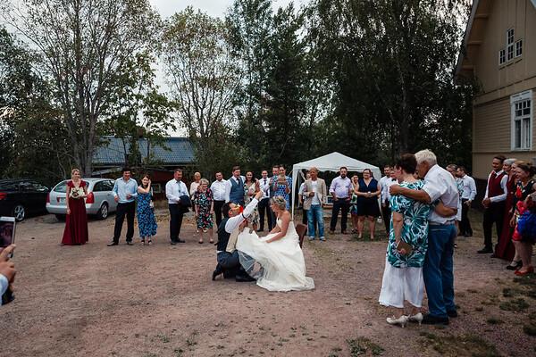 Dokumentaarinen hääkuvaus Turku Kustavi-214