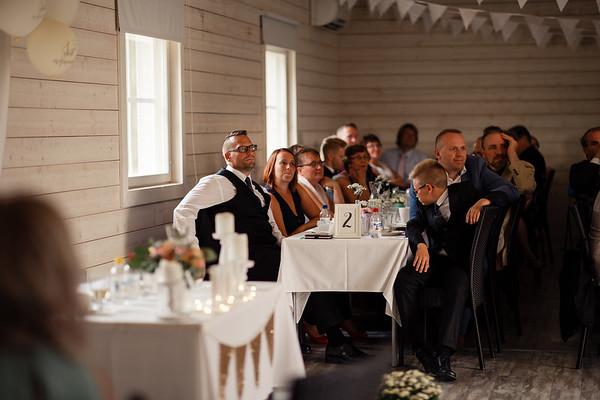 Dokumentaarinen hääkuvaus Turku Lammin talo-300