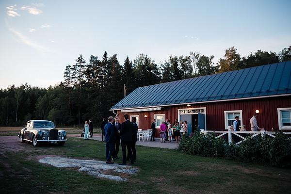 Dokumentaarinen hääkuvaus Turku Lammin talo-374