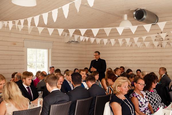 Dokumentaarinen hääkuvaus Turku Lammin talo-176