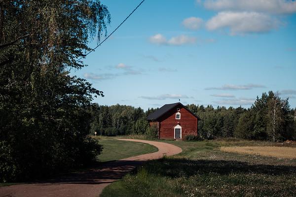 Dokumentaarinen hääkuvaus Turku Lammin talo-5