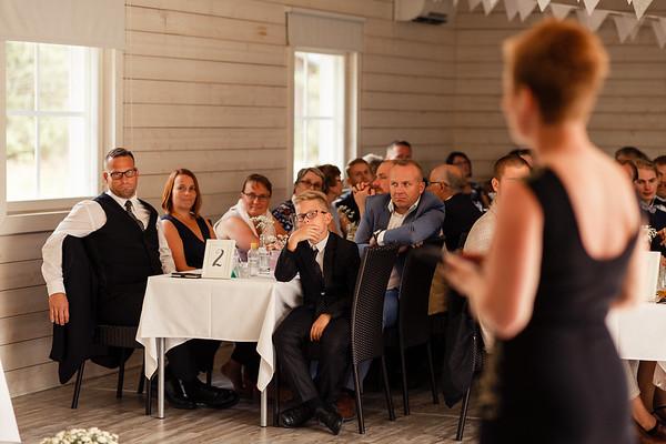 Dokumentaarinen hääkuvaus Turku Lammin talo-219