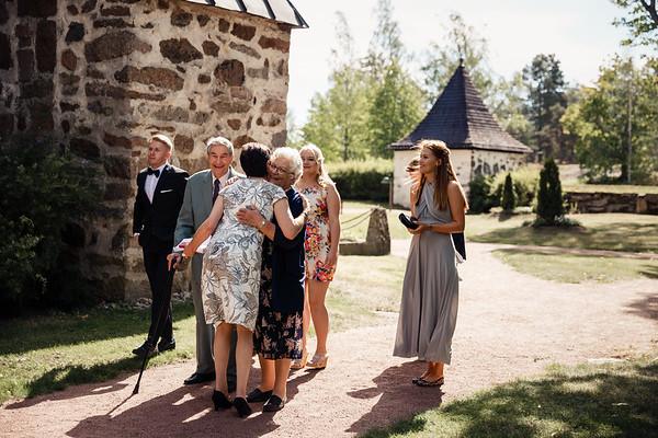 Dokumentaarinen hääkuvaus Turku Lammin talo-51