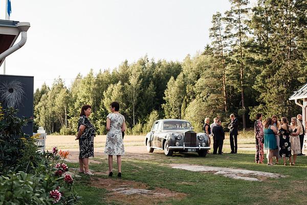 Dokumentaarinen hääkuvaus Turku Lammin talo-326