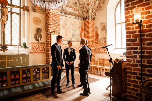 Dokumentaarinen hääkuvaus Turku Lammin talo-54