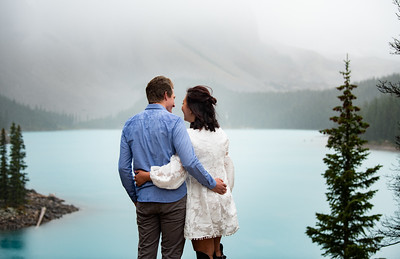 Engagement Photos - Moraine Lake