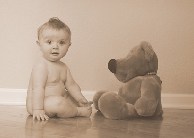 naked with teddy 5 months