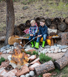 Fall Mini Sessions- 2020-1-7 campfire added