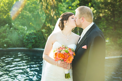 Geri & Danny's wedding day at Oak Hill Gardens in London, KY 5.30.15.   © 2015 Love & Lenses Photography/ Becky Flanery   www.loveandlenses.photography