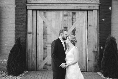 Ginny & Jon's wedding day at the Speakeasy & the Grand Reserve in Lexington, KY 7.16.16.  © 2016 Love & Lenses Photography/ Becky Flanery   www.loveandlenses.photography © 2015 Love & Lenses Photography/ Becky Flanery www.loveandlenses.photography