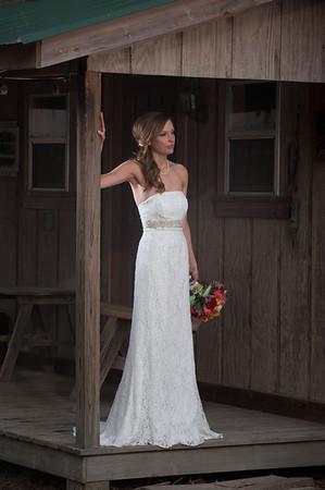 Heather O'Pry bridal portrait, Sour Lake, Texas.<br /> Photo/Scott Eslinger  -  ©2014 Eslinger Photographics