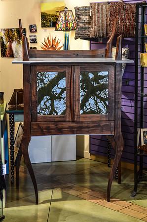 Cabinet Vertical 4