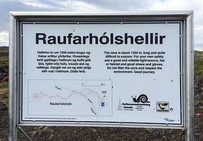 0030_Iceland_Raufarholshellir_