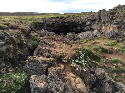 0031_Iceland_Raufarholshellir_