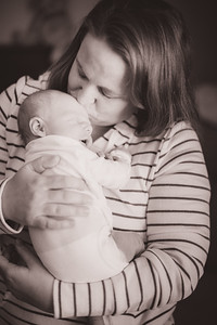 Jay & Kelly's Newborn Photo-0008
