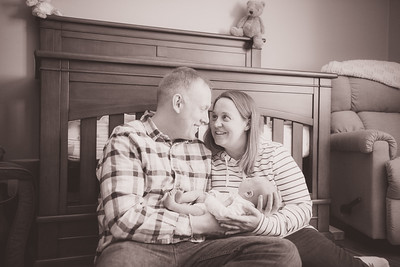 Jay & Kelly's Newborn Photo-0013