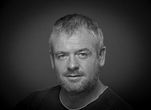 Jeremy Earls Headshots