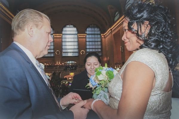 John & Valerie - Grand Central Terminal Elopement-8