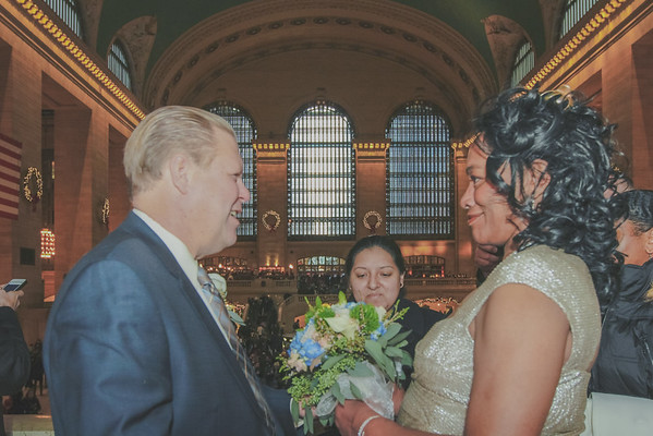 John & Valerie - Grand Central Terminal Elopement-10
