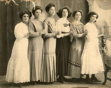 Judy Moore 1918 Women