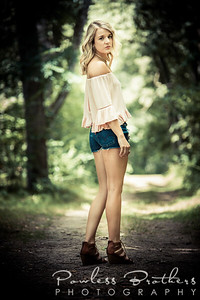 Julia Gomez_8-11-17-27