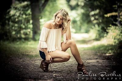 Julia Gomez_8-11-17-26