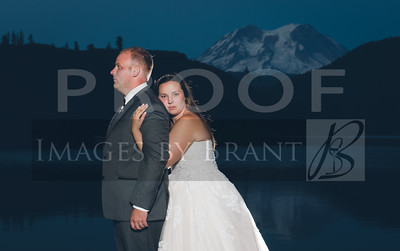 Yelm_wedding_photographer_Mineral_lake_lodge_2072DS3_5654-3