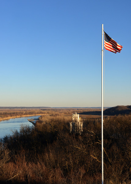 Missouri River at White Cloud