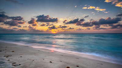 Sunrise Cancun HDR