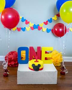 Lane's 1st Birthday & Smash Cake Session in Richmond, KY