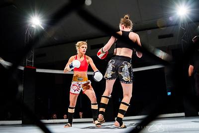 Bout 1 Anne Harry v Sivan Dovale-13