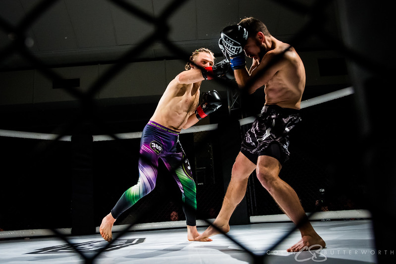 Bout 11 Adam Cook v Perrin Meir-Anderson-26